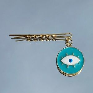 New 2 Pc Dangling Eye Hair clips